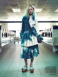 visual optimism; fashion editorials, shows, campaigns & more!: hanne gaby odiele and katryn kruger by henrique gendre for vogue brazil august 2014 (because laundromat)