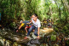 Retrospectiva do ano. K21 Serra do Japi, uma prova de trilha (trail run) realizada em São Paulo. São 21 Km de muitas subidas e paisagens lindas. No final, fomos agraciado com uma passagem dentro de um rio e a possibilidade de mergulhar nas cachoeiras da região.