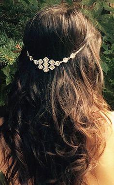 Boho hair jewelry, Hair chain accessory, bridal hair chain, crystal jewels and silver,  hippie wedding hair piece. beach wedding