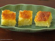 When I saw My Kitchen Snippets's baked cassava cake, i immediate bookmarked but I only managed to do it after 4 months later. I was curio...