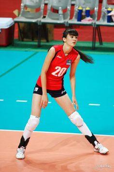 1996年11月5日生まれ カザフスタン出身 身長182cm、体重59kg、12頭身 Female Volleyball Players, Beautiful Athletes, Human Poses, Sporty Girls, Beach Volleyball, Sexy Asian Girls, Female Athletes, Sport Wear, Sports Women