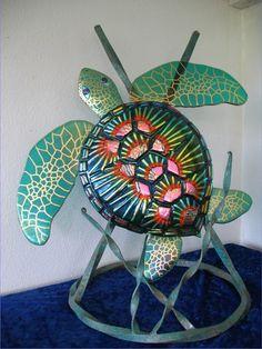 fused glass turtle, amazing work