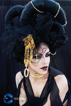 Yara Sofia • RuPaul's Drag Race • Season 3 Miss Congeniality