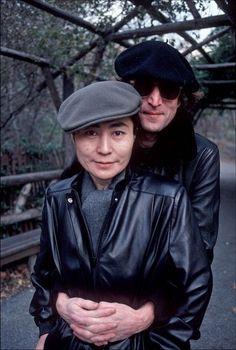 John And Yoko by Allan Tannenbaum. John Lennon Yoko Ono, Imagine John Lennon, John Lennon Beatles, The Beatles, Billy Preston, The Fab Four, Ringo Starr, Eric Clapton, Paul Mccartney