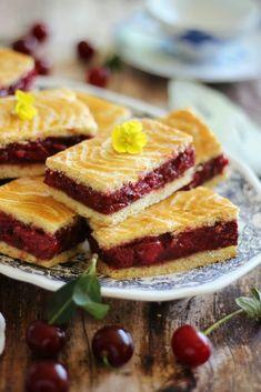Juditka konyhája: ~ AZ IGAZI MEGGYES LINZER ~ Hungarian Desserts, Hungarian Recipes, Hungarian Food, Bosnian Recipes, Croatian Recipes, Summer Desserts, No Bake Desserts, Torte Cake, Sweet Cakes