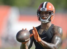 Cleveland Browns wide receiver Terrelle Pryor catches a pass during practice at the NFL football team's training camp Monday, Aug. 1, 2016, in Berea, Ohio. (4419×3203)