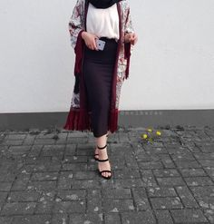 cute date outfits Cute Date Outfits, Modest Outfits, Classy Outfits, Stylish Outfits, Modest Fashion Hijab, Muslim Fashion, Fashion Outfits, Womens Fashion, Hijab Style