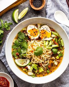 Instant Pot Easy Chicken Ramen recipe: This Instant Pot Chicken Ramen makes a delicious and flavorful ramen in about half an hour in your electric pressure cooker! Ramen Recipes, Asian Recipes, Ethnic Recipes, Noodle Recipes, Keto Recipes, Chicken Ramen Recipe, Chicken Noodles, Thai Noodles, Ginger Chicken