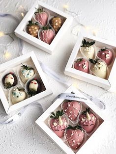 Chocolate Covered Treats, Chocolate Dipped Strawberries, Chocolate Gifts, Hot Chocolate, Chocolate Truffles, Chocolate Brownies, Strawberry Box, Strawberry Recipes, Dessert Boxes