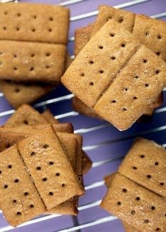 Homemade graham crackers..without high fructose corn syrup! Yay