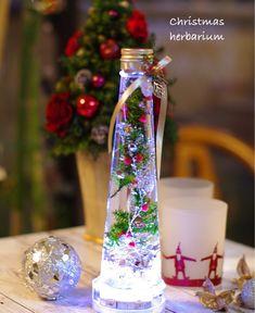 ハンドメイド・手作り・クラフトに役立つ情報満載のハンドメイドポータルサイト Flower Crafts, Botany, Packaging Design, Table Decorations, Creative, Interior, Flowers, Christmas, Home Decor