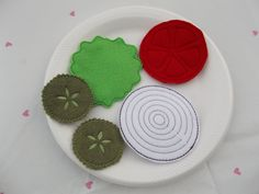 Burger Condiments - Pickles, Lettuce, Onion & Tomato Felt Play Food