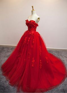 Red Floral Lace Strapless Wedding Gown