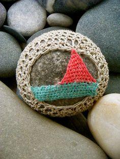 Crocheted sailboat covered rock ~ sail away by Knitalatte via Flickr ༺✿ƬⱤღ https://www.pinterest.com/teretegui/✿༻