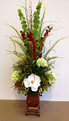 Designed by Arcadia Floral and Home Decor