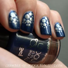 [NOTD] Fly me to the dots… - p2 fly me to the moon LE 010 grey galaxy & 020 blue galaxy  Für mehr Punkte!!!