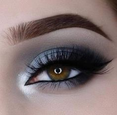 Best nails black white grey eye makeup i. - - Best nails black white grey eye makeup i. Black And Silver Eye Makeup, White Eye Makeup, Grey Makeup, Colorful Eye Makeup, Grey Smokey Eye, Smokey Eyes, Dark Smokey Eye Makeup, White Eyeshadow, Eyeshadow Makeup