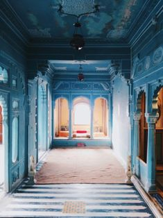 the most instagrammable place Jaipur Travel, India Travel, Travel Outfit Summer, Summer Travel, Travel Outfits, Tips For Traveling Alone, Places To Travel, Places To Visit, Udaipur India