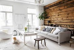 Interior Design Living Room, Living Room Decor, Wooden House Decoration, Country Interior, Cottage Interiors, Scandinavian Home, Log Homes, Home And Living, House Design