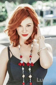 Love the necklace that Christina Hendricks had on in Lucky. But would love to be able to find it. NYC Recessionista: Dress like Christina Hendricks Beautiful Christina, Beautiful Redhead, Most Beautiful, Christina Hendricks, Vintage Beauty, Cristina Hendrix, Ginger Girls, Redhead Girl, Redhead Fashion