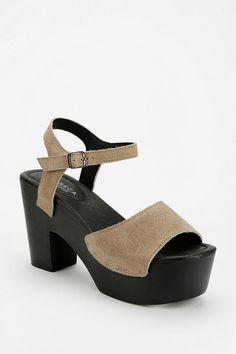 Messeca Joni Platform Sandal #urbanoutfitters