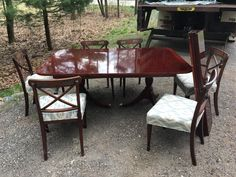 www.M37Auction.com: Kindel / Widdicomb Dining Room Table w/ Brass Feet and 6 Chairs