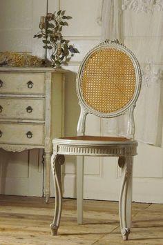 アンティーク リボンチェアA  French Antique Chair