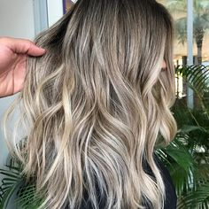 Cute and Easy Blonde Balayage Hairstyles Ombre Hair, Balayage Hair, Beige Blonde Balayage, Bayalage, Sand Blonde Hair, Medium Hair Styles, Long Hair Styles, Hair Color And Cut, Hair Affair