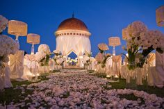 Wedding Aisle Inspiration | PreOwned Wedding Dresses  #Aisles #Weddings