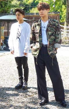 Japanese Boy, Asian Style, Street Wear, Singer, Actors, Guys, Celebrities, How To Wear, Collection