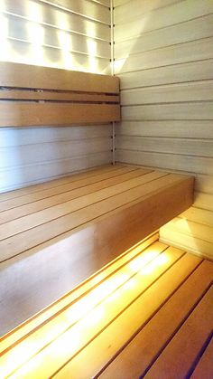 White sauna. Tikkurilan Supi Saunavaha.