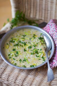 Soupe irlandaise aux poireaux et flocons d'avoine (brotchen foltchep) pour le #YummyDayDoudou