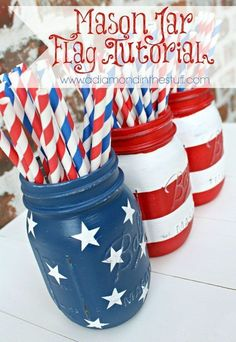 Mason Jar Flag {Tutorial} Fourth of July Craft and Decor Idea 4th Of July Events, 4th Of July Party, Fourth Of July, Patriotic Crafts, July Crafts, Holiday Crafts, Holiday Ideas, Patriotic Party, Holiday Fun