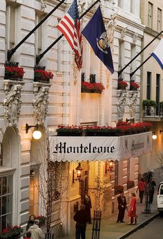 Best New Orleans Hotels from the Daily Mail--I stayed here for NOLA Jazz Fest 2011, a BEAUTIFUL hotel! Nice rooftop pool too :)