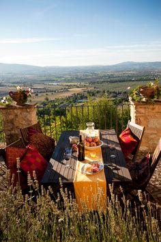 Images: Spoleto Valley, Umbria, Italy, Portraits, lifestyle, Susan Wright, Photographer, Rome, Italy