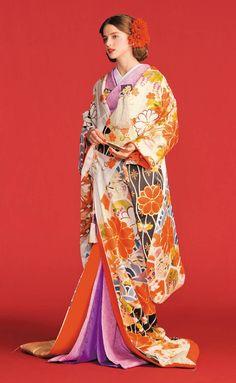 色打掛・着物・和装 | THE TREAT DRESSING【トリートドレッシング】 Kimono Japan, Japanese Kimono, Traditional Fashion, Traditional Outfits, Kabuki Costume, Asian Fabric, Kimono Design, Japanese Costume, Wedding Kimono