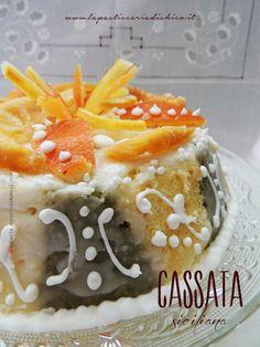 Il dolce irrinunciabile nel banchetto pasquale dei sicilianie non solo, la Cassata Siciliana!!!!  http://www.lapasticceriadichico.it/2015/03/cassata-siciliana.html
