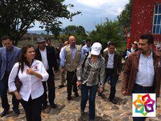 """MICHOACÁN MÁGICO TE INFORMA Monroy García explicó que el interés generalizado en cada punto visitado con representantes de los 3 órdenes de Gobierno y empresarios turísticos, fue incrementar los recursos para fortalecer la promoción turística aumentando el número de eventos exitosos como el Festival Aéreo """"Michoacán al Máximo""""   a fin de asegurar que sea cada vez mayor el número de visitantes en temporadas de baja afluencia turística en la zona. http://www.hoteldelfinplayaazul.com/portal/"""