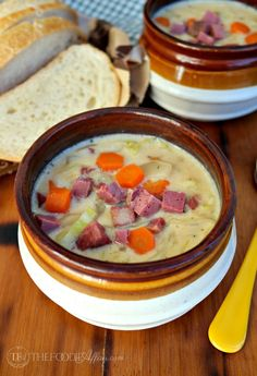 This Corned Beef and Cabbage Chowder is a delicious to use up leftovers from your Saint Patrick's Day feast! Make this easy creamy corned beef stew! Irish Recipes, Beef Recipes, Soup Recipes, Cooking Recipes, Irish Desserts, Corned Beef Stew, Left Over Corned Beef, St Patricks Day Food, Corn Beef And Cabbage