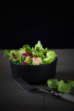 {#nomnomsguests} rosenkohl-salat mit granatapfel und zitrone | patrick von ich machs mir einfach (vegan)