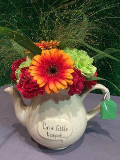 March 2015 Floristry Tea Pots, March, Tableware, How To Make, Dinnerware, Dishes, Tea Pot, Tea Kettles, Mac