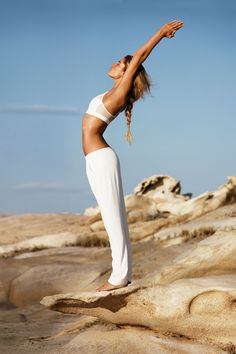 Doutzen Kroes photographed by Josh Olins for the January 2013 issue of Vogue. Model Health Tips