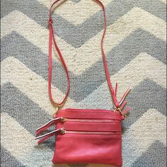 Crossbody wristlet Only used once or twice in great condition Bags Clutches & Wristlets