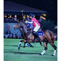 11/7/14 Sheikha Maitha and ADCB in PinkPolo match at Ghantoot Polo Club.  PHOTO mmrm1