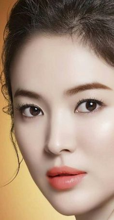 Stunning Women, Beautiful Asian Women, Korean Beauty, Asian Beauty, Makeup Looks 2017, Song Hye Kyo Style, Korean Makeup Brands, Vietnam Girl, Most Beautiful Faces
