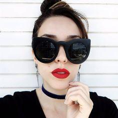 Sábado de sol merece um óculos poderoso! Disponível no site www.canelaacessorios.com.br #canelaacessorios #bijuteria #biju #online #acessorios #acessories #sunglass #oculos
