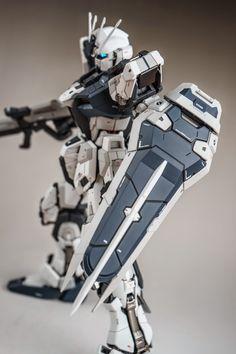 GUNDAM GUY: PG 1/60 Strike Gundam Ver. Hoi - Painted Build