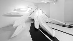 Un salón de belleza pop-up diseñado con formas geométricas