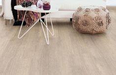 Deze warme en neutrale vloer past in elk interieur. Goed te combineren met zowel lichte als donkere meubelen en kleurrijke accessoires. Een vloer die niet snel gaat vervelen.