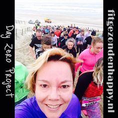 Maak elke dag een #selfie deel 10. Kan natuurlijk niet anders dan een selfie zijn die ik vandaag tijdens de #kwartvanegmond maakte toen ik eindelijk dat eindeloze strand mocht verlaten. #dayzero #dayzero2016 #dayzeroproject #egmond #egmondhalvemarathon #sauconyhalvemarathonvanegmond16 #hardlopen #hardloper #running #runner #run #runnersworldnl #nevernotrunning